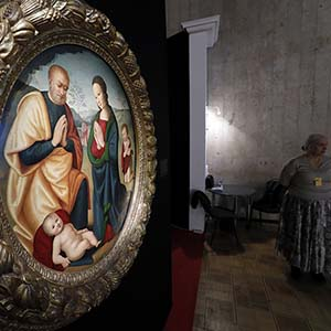 The Russian Antique Salon opened in the 42nd time in the Central House of Artists