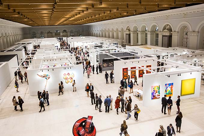 Art as a profitable investment: the international art fair Cosmoscow opened in Moscow