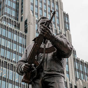 Cultural brand or ugliness: the monument to Kalashnikov in Moscow was the last straw of the patience of the art community