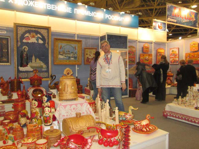 "All-Russian exhibition of art crafts ""Living Source"" opens in the Moscow Manege"